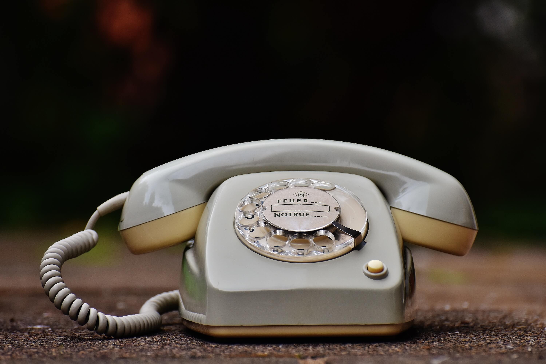 Analog Telefon UX 15